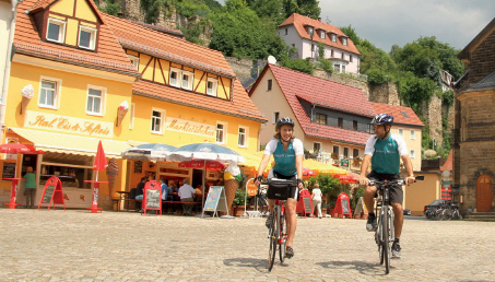 Cycling holidays are a fun and healthy way to see the sights